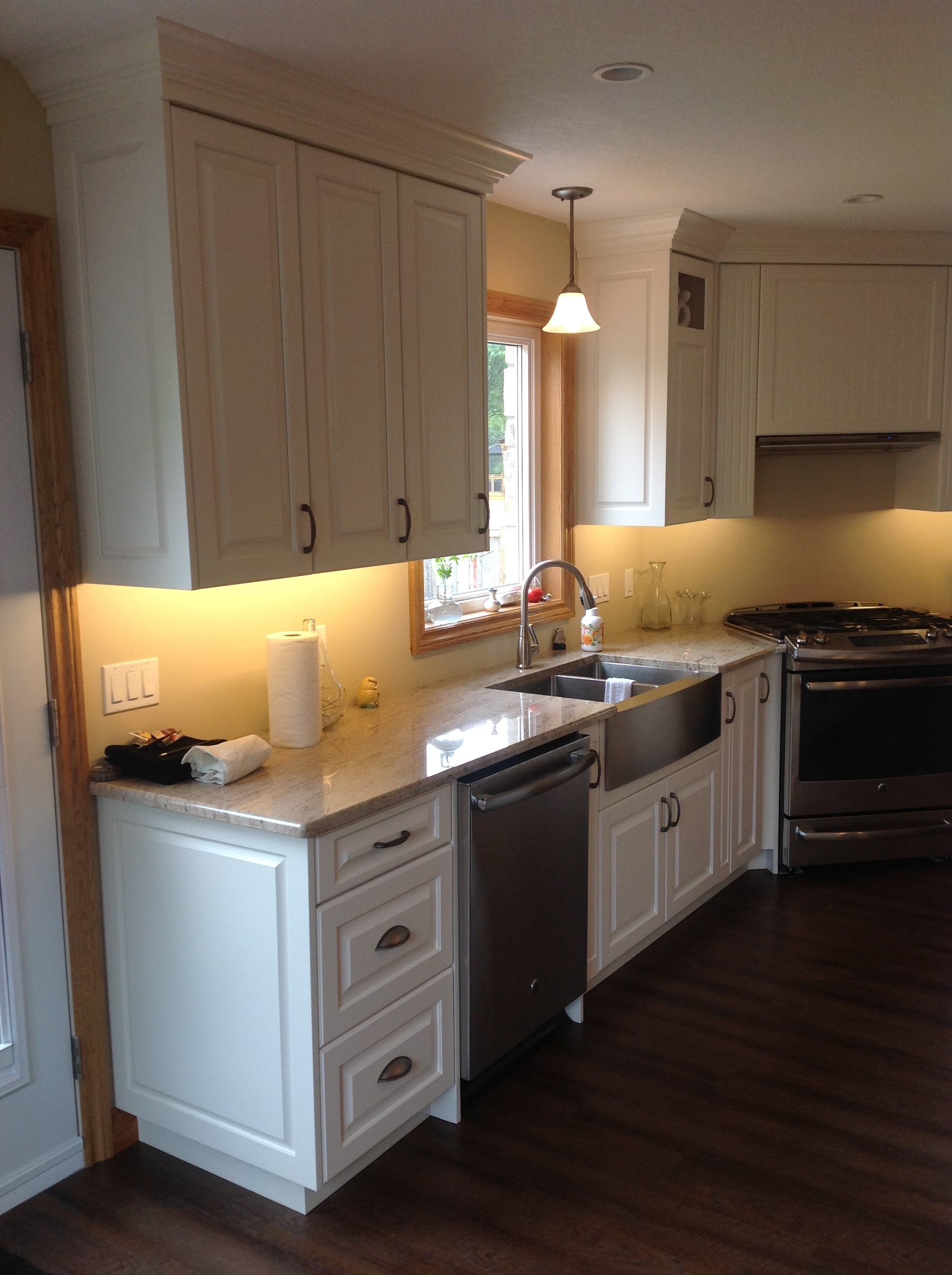 Under cabinet lighting valance   Canadian Woodworking and Home ...