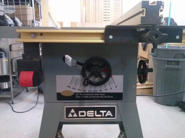 Delta 10 Quot Professional Table Saw With Accusquare Fence For