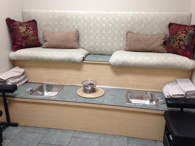 furniture spa product fernanda pedicure manicure vienna archives category luxury s supplies and bench gulfstream beauty